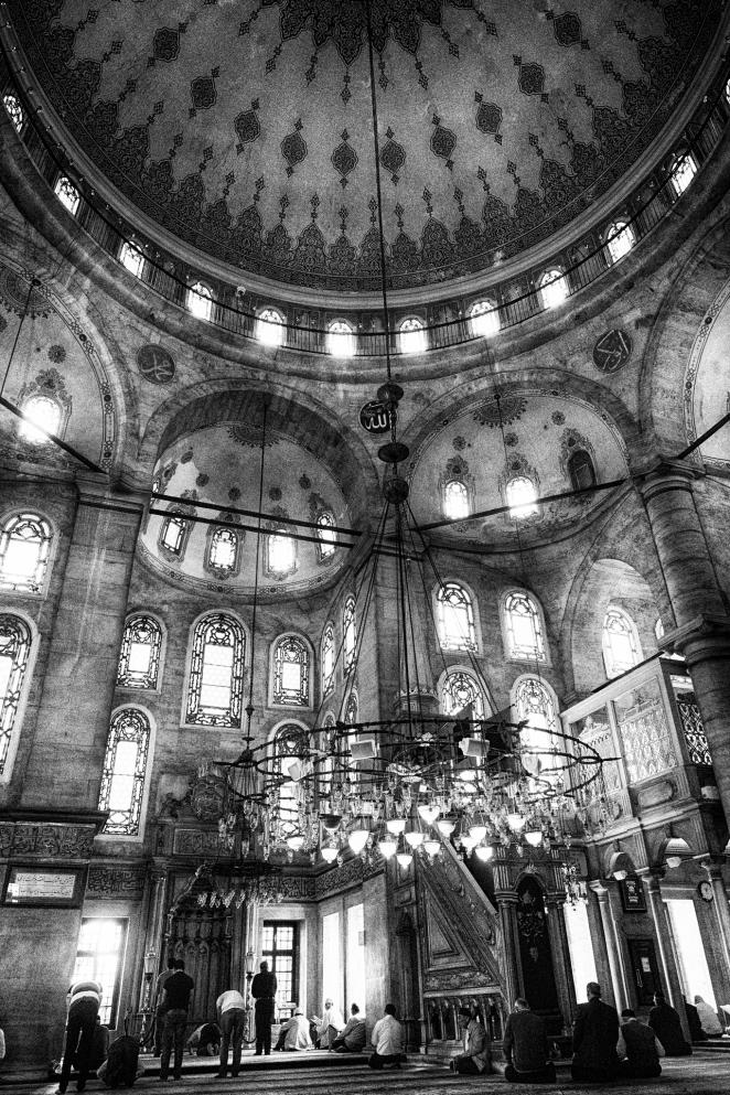 Wnętrze meczetu Euup Olympus OMD E-M1, obiektyw 12-40 f 2.8